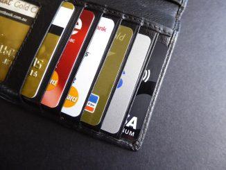 Les frais bancaires enfin sous le contrôle des pouvoirs publics ?
